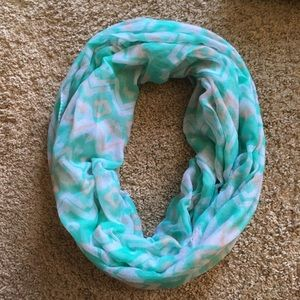Accessories - Women's Teal, White, and Tan Infinity Scarf